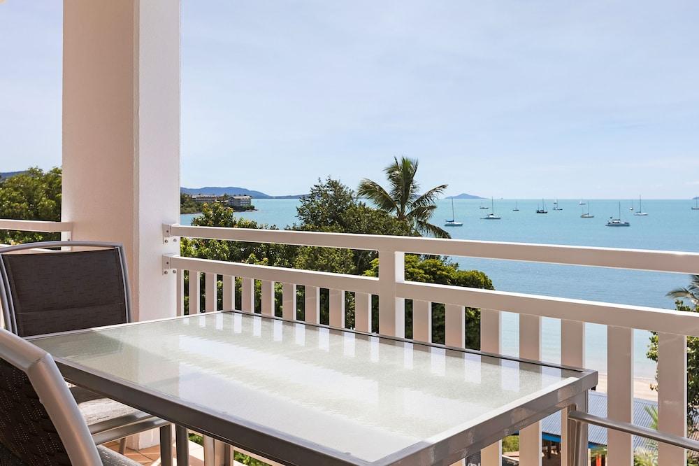 https://i.travelapi.com/hotels/3000000/2660000/2650800/2650713/6fa6d3cc_z.jpg