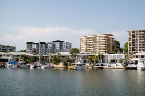 . Cullen Bay Resort