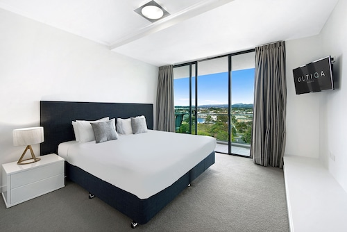 ULTIQA Freshwater Point Resort, Broadbeach-Mermaid Beach
