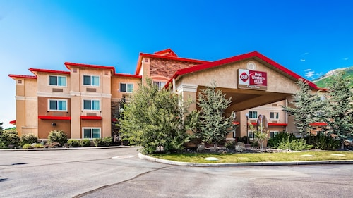 . Best Western Plus Canyon Pines