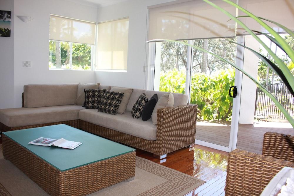 비치스 포트 더글라스(Beaches Port Douglas) Hotel Image 18 - Living Area