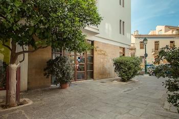Hotel - Nefeli Hotel