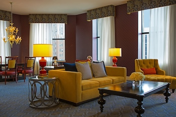 Presidential Suite, 1 Twin Bed