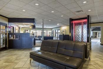 Lobby Sitting Area photo