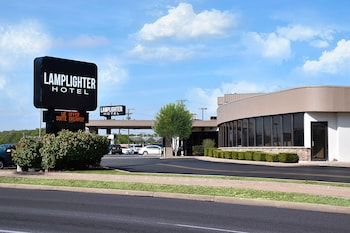 Hotel - Lamplighter Inn & Suites - South