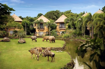 Hotel - MARA RIVER SAFARI LODGE at Bali Safari & Marine Park
