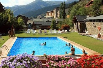 https://i.travelapi.com/hotels/3000000/2670000/2667800/2667730/63527151_b.jpg