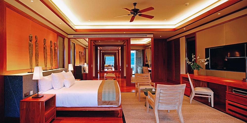 https://i.travelapi.com/hotels/3000000/2680000/2674300/2674261/1c02bbcc_z.jpg