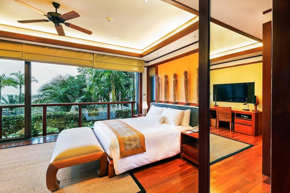 https://i.travelapi.com/hotels/3000000/2680000/2674300/2674261/27394ce5_z.jpg