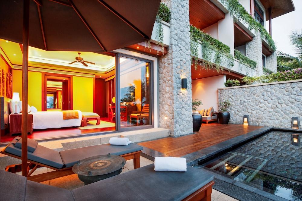https://i.travelapi.com/hotels/3000000/2680000/2674300/2674261/2e42bf14_z.jpg