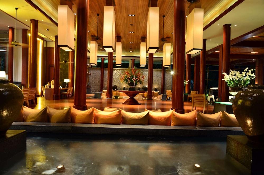 https://i.travelapi.com/hotels/3000000/2680000/2674300/2674261/47a415da_z.jpg