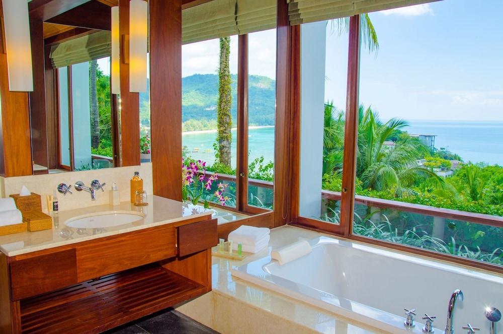 https://i.travelapi.com/hotels/3000000/2680000/2674300/2674261/4834abb1_z.jpg