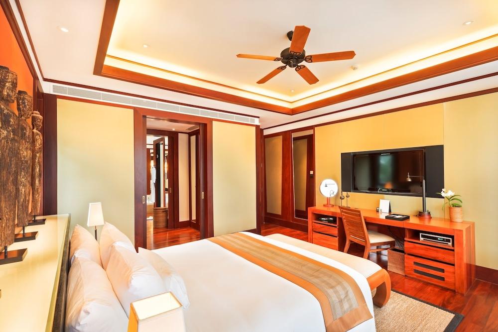 https://i.travelapi.com/hotels/3000000/2680000/2674300/2674261/4ff370bb_z.jpg
