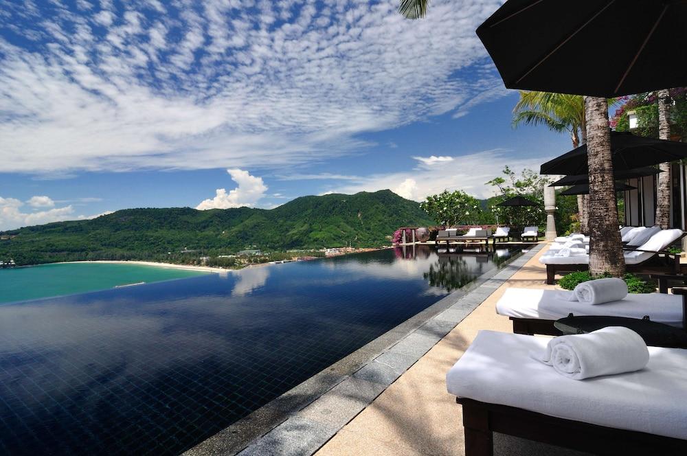 https://i.travelapi.com/hotels/3000000/2680000/2674300/2674261/60f44f6d_z.jpg