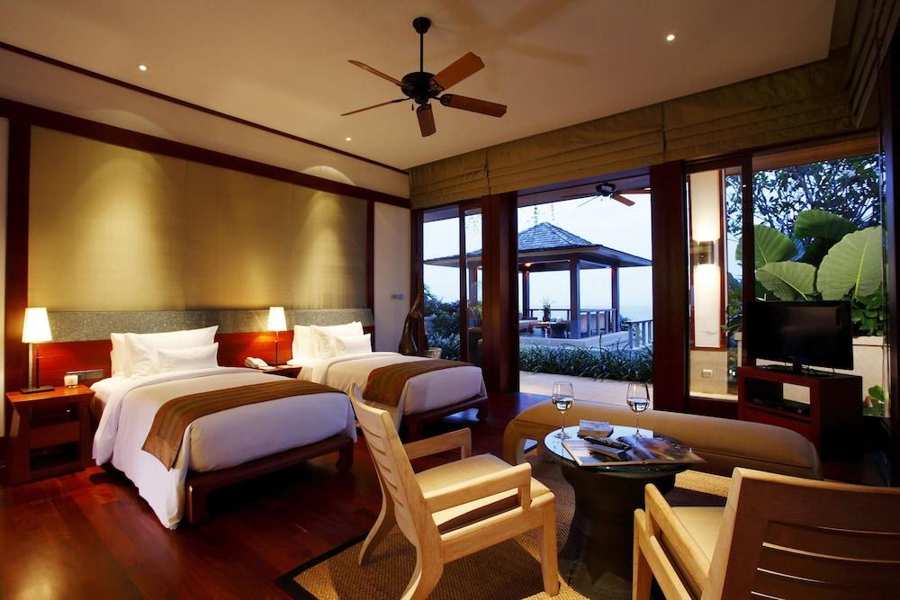 https://i.travelapi.com/hotels/3000000/2680000/2674300/2674261/7b3b8656_z.jpg