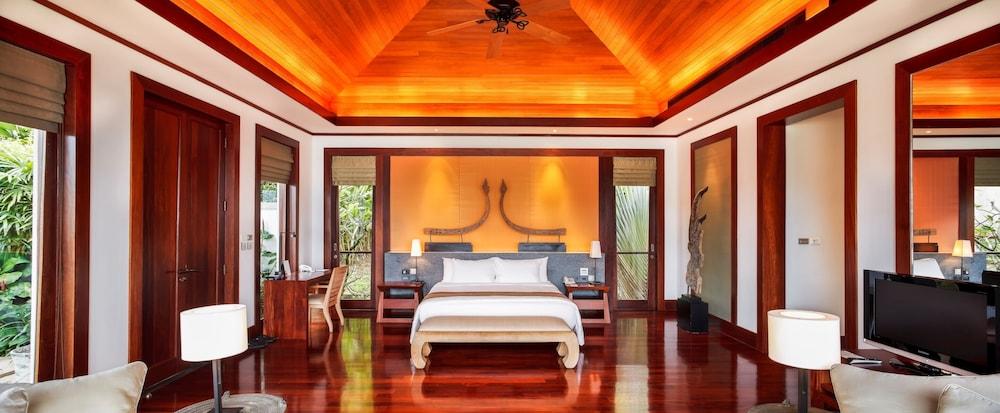 https://i.travelapi.com/hotels/3000000/2680000/2674300/2674261/95c1be06_z.jpg