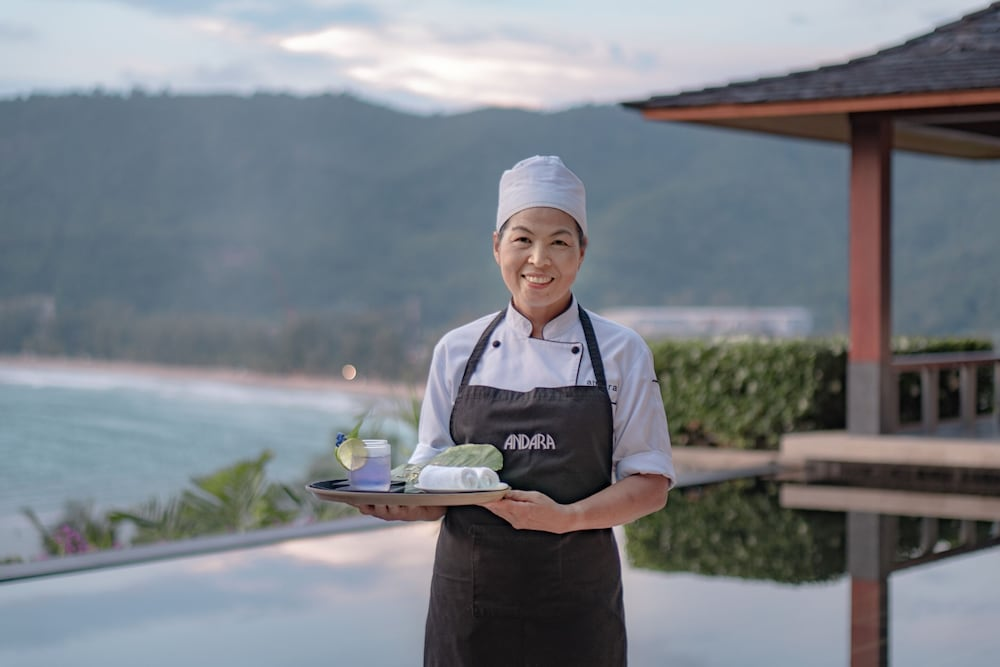 https://i.travelapi.com/hotels/3000000/2680000/2674300/2674261/a9928b6e_z.jpg