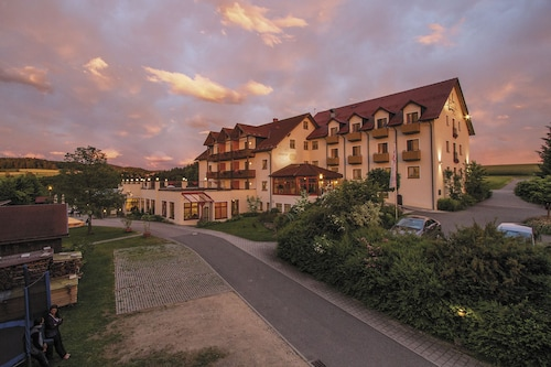 . Panorama-Hotel Am See
