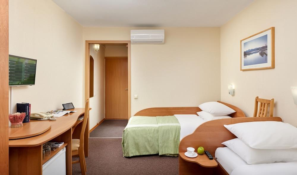 그랜드 호텔 오카 비지니스(Grand Hotel OKA BUSINESS) Hotel Image 29 - Guestroom