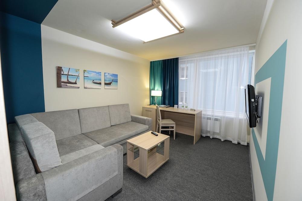 그랜드 호텔 오카 비지니스(Grand Hotel OKA BUSINESS) Hotel Image 24 - Guestroom