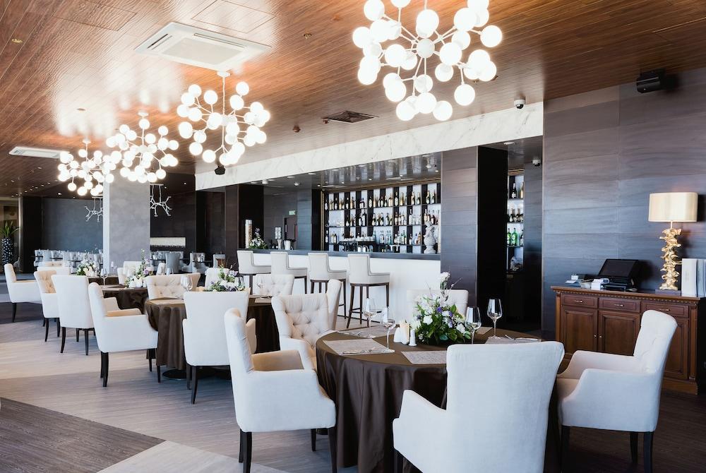 그랜드 호텔 오카 비지니스(Grand Hotel OKA BUSINESS) Hotel Image 54 - Dining