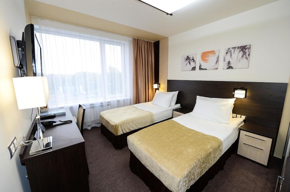 그랜드 호텔 오카 비지니스(Grand Hotel OKA BUSINESS) Hotel Image 6 - Guestroom
