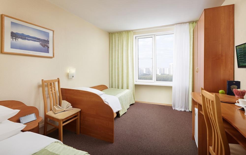 그랜드 호텔 오카 비지니스(Grand Hotel OKA BUSINESS) Hotel Image 34 - Guestroom