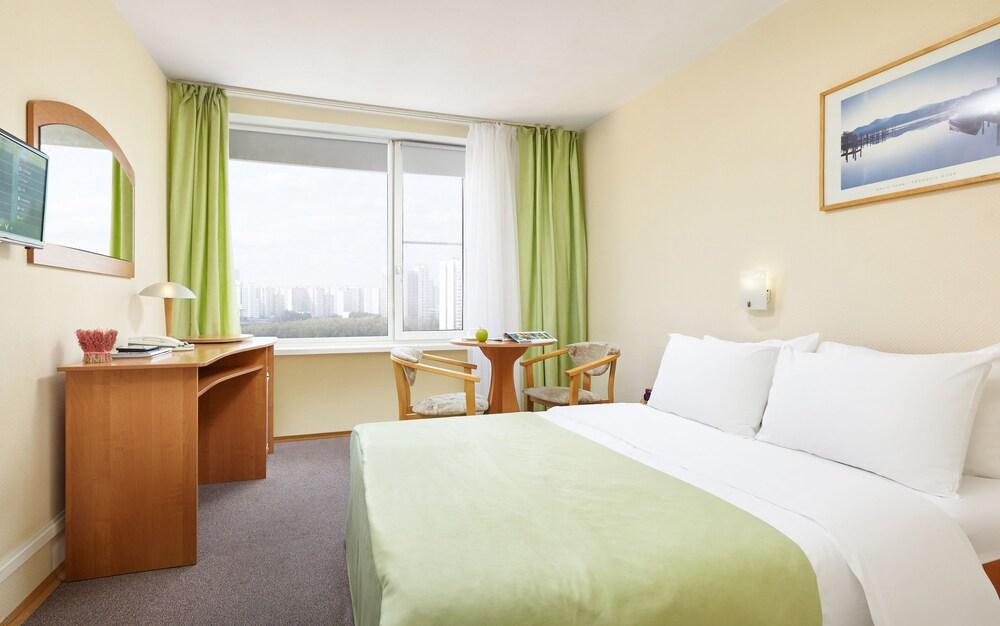 그랜드 호텔 오카 비지니스(Grand Hotel OKA BUSINESS) Hotel Image 35 - Guestroom