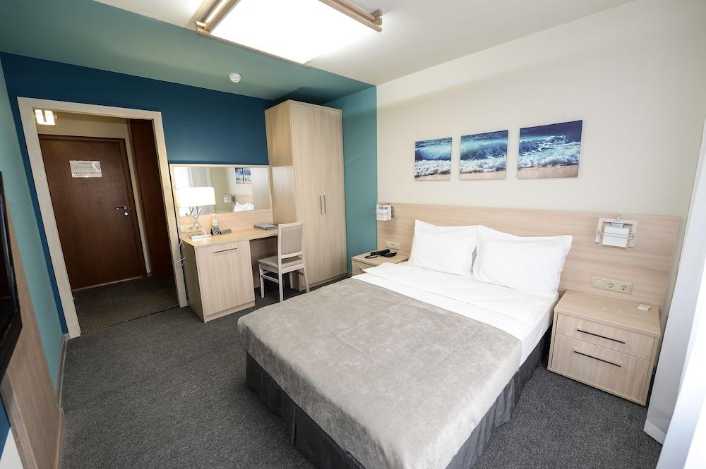 그랜드 호텔 오카 비지니스(Grand Hotel OKA BUSINESS) Hotel Image 12 - Guestroom