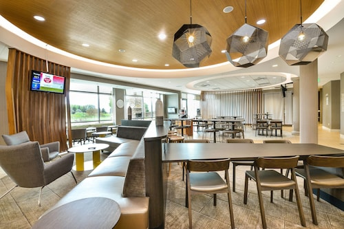 . SpringHill Suites by Marriott Grand Forks