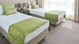 2 Bedroom Ocean