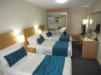 Standard Room, 3 Twin Beds, Non Smoking at Best Western Airport 85 Motel in Ascot