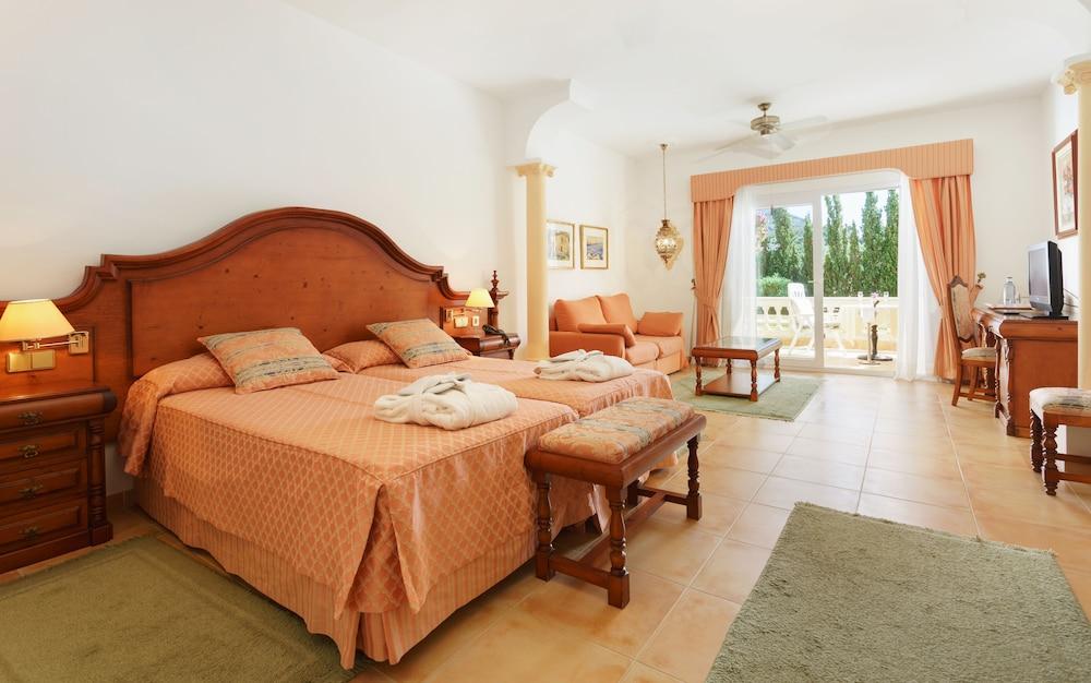 호텔 라 모랄레하(Boutique Hotel La Moraleja - Adults Only) Hotel Image 3 - Guestroom
