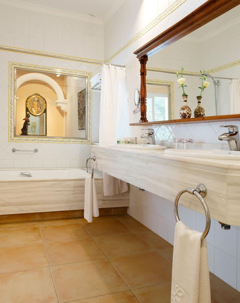 호텔 라 모랄레하(Boutique Hotel La Moraleja - Adults Only) Hotel Image 37 - Bathroom