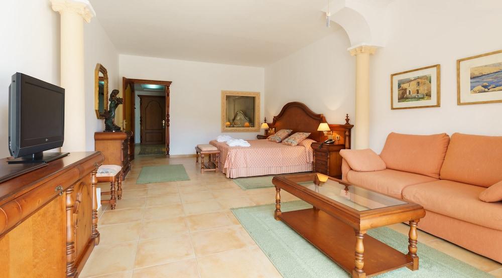 호텔 라 모랄레하(Boutique Hotel La Moraleja - Adults Only) Hotel Image 28 - Living Area