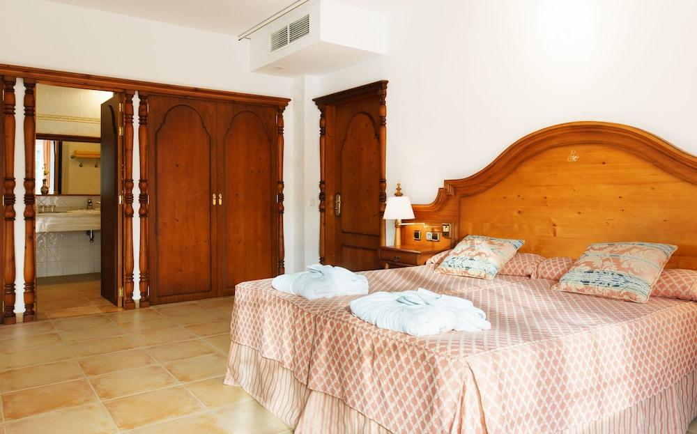 호텔 라 모랄레하(Boutique Hotel La Moraleja - Adults Only) Hotel Image 7 - Guestroom