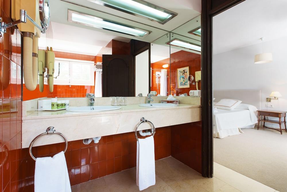 호텔 라 모랄레하(Boutique Hotel La Moraleja - Adults Only) Hotel Image 45 - Bathroom
