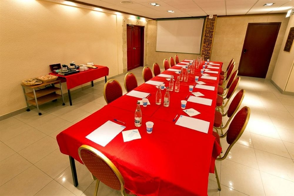 히포텔 파리 이포드롬(Hipotel Paris Hippodrome) Hotel Image 18 - Meeting Facility