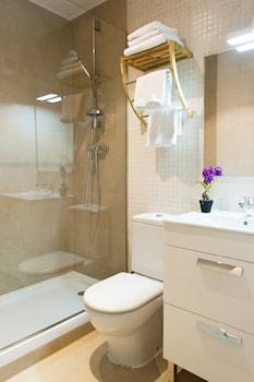 MH Apartments Ramblas - Bathroom  - #0