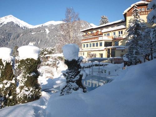 __{offers.Best_flights}__ Hotel Alpenblick