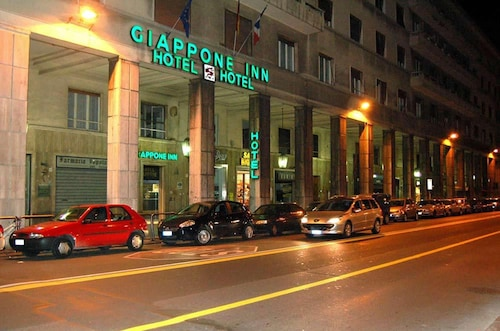. Giappone Inn Parking Hotel