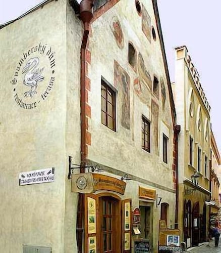. Hotel-Restaurant Svamberský Dum
