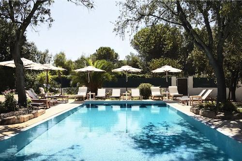 __{offers.Best_flights}__ Lanthia Resort