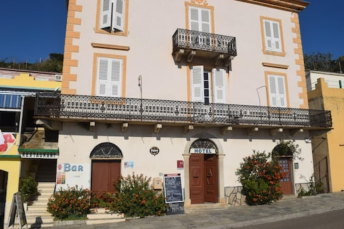 . Hotel Restaurant U Patriarcu