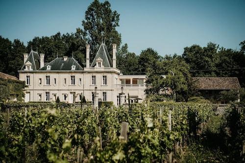 . Château Meyre
