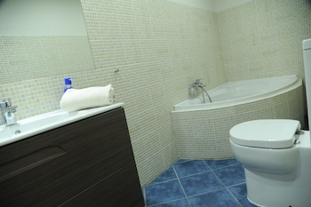 Budapest Easy Flats- Operetta Lux Apartment - Bathroom  - #0