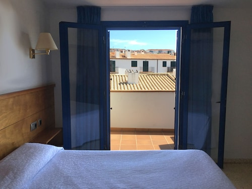 . Hotel Octavia