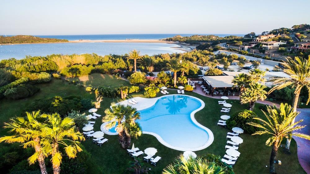 Aquadulci Hotel, Featured Image