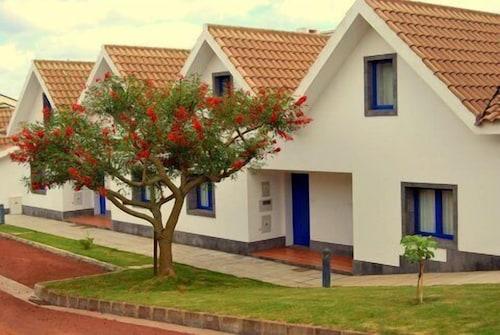 . Apartamentos Turísticos Nossa Senhora da Estrela