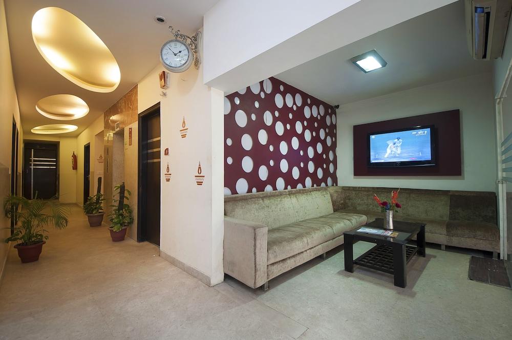호텔 아프라 인터내셔널(Hotel Apra International) Hotel Image 57 - Reception Hall